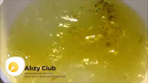 Салат с кальмарами, кукурузой и крабовыми палочками
