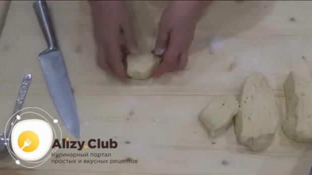 Пока шаньги с картофелем пекутся, займёмся второй частью теста