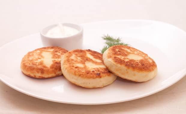 Классический рецепт сырников из творога приготовленных в духовке