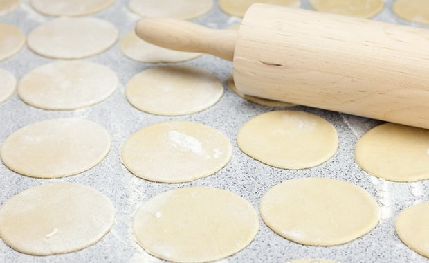Как приготовить тесто для вареников с картошкой по пошаговому рецепту с фото