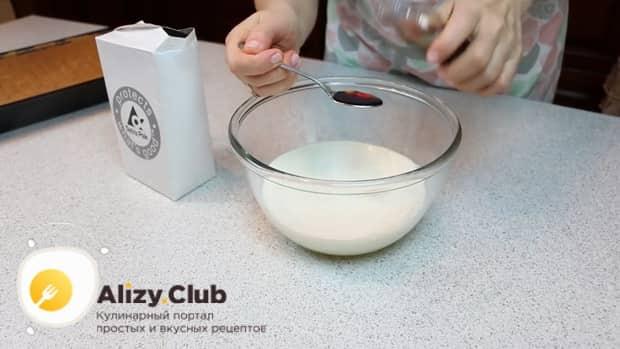По рецепту для приготовления нежного десерта три молока, приготовьте пропитку
