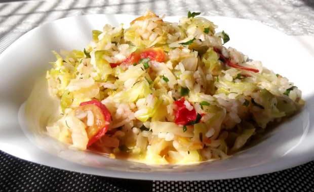 Рецепт приготовления вкусной тушеной капусты с рисом