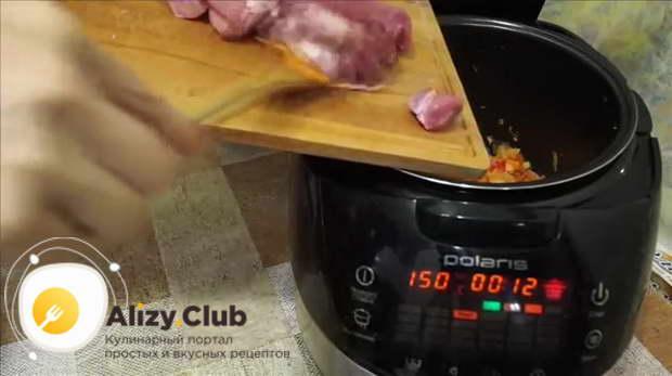 тушить свинину в мультиварке