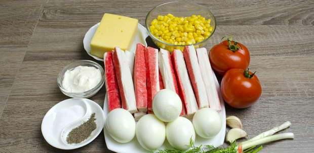 выбираем продукты для салата с крабовыми палочками и сыром