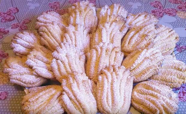 Как приготовить печенье Хризантема через мясорубку по рецепту с фото